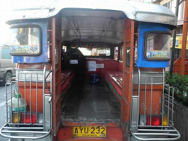 Philippines Jeepney (4)