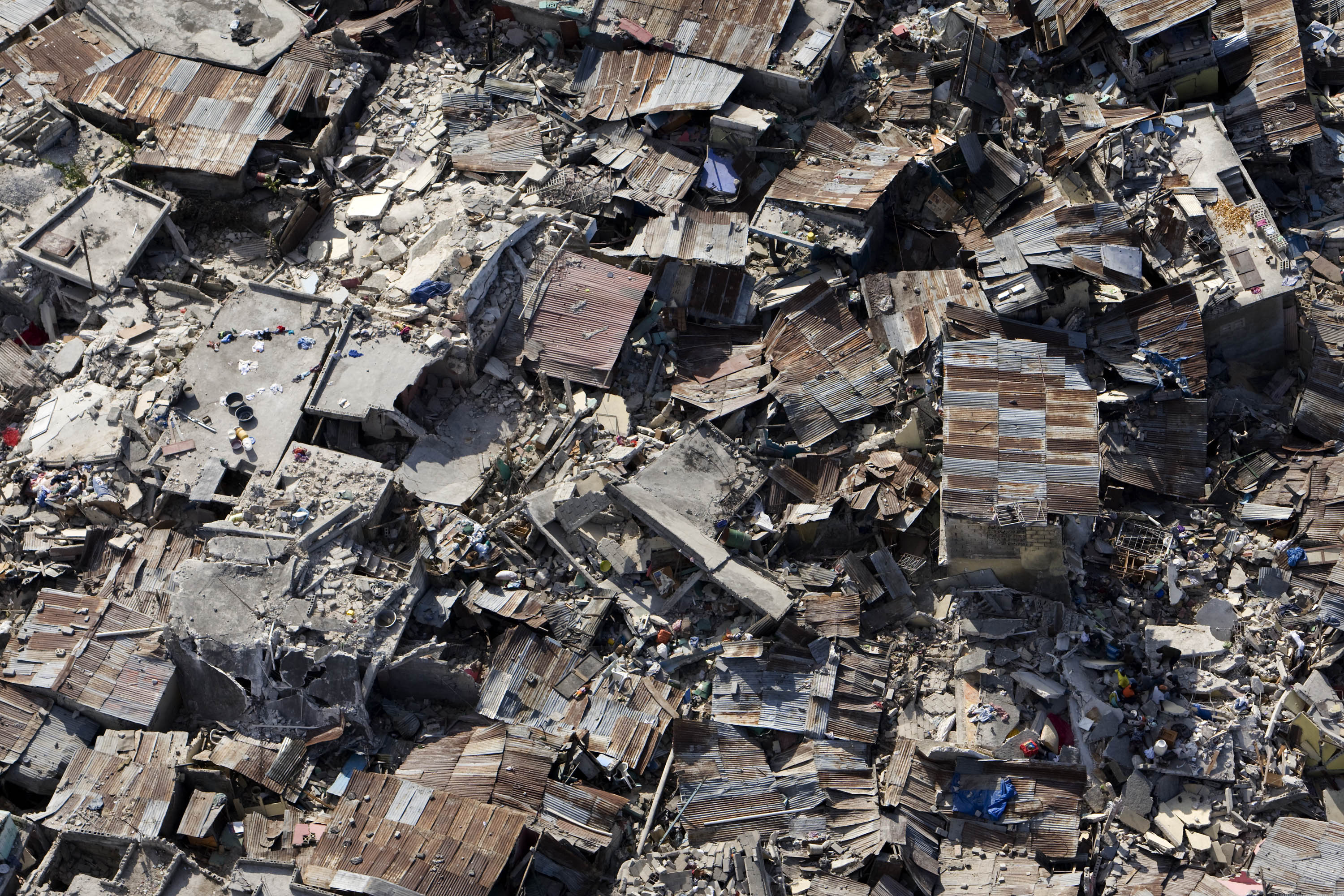 essay on earthquake and its destruction