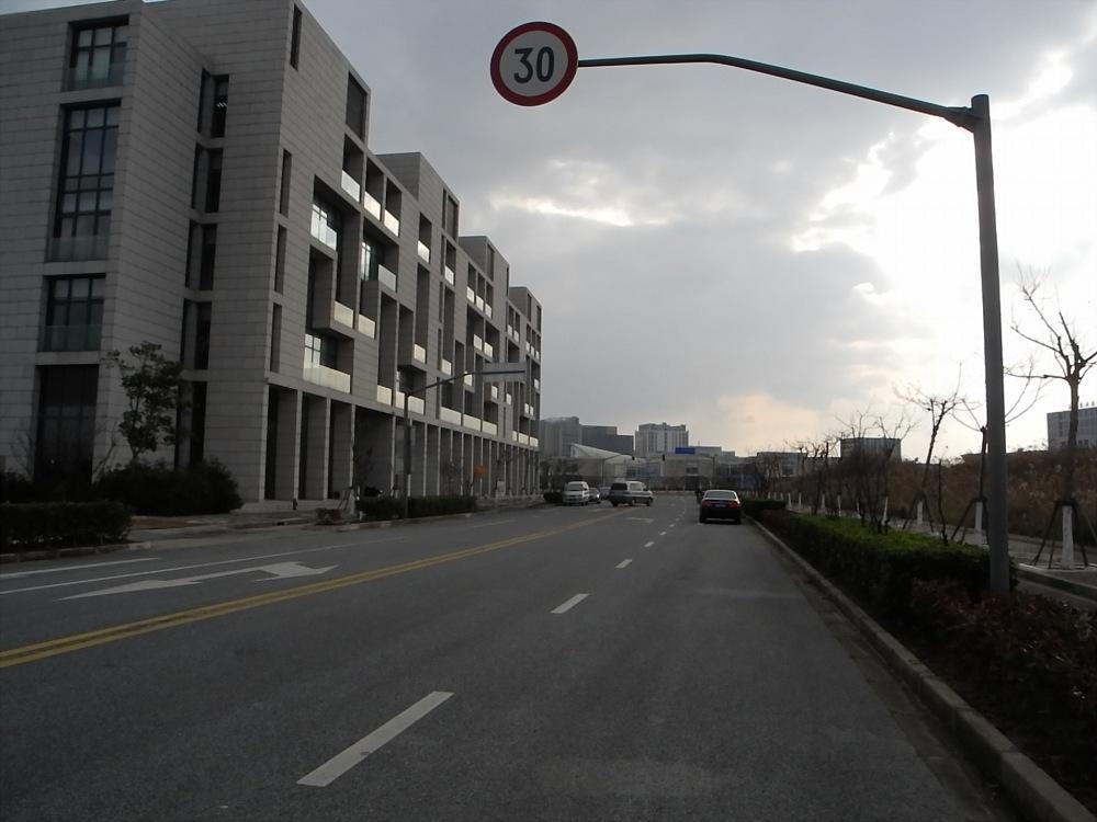nanhui-ghost-city