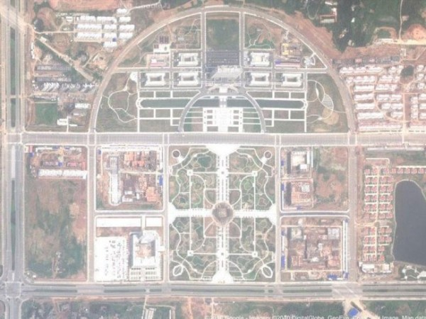 Satellite image showing Xinyang's new district to be devoid of human habitation.