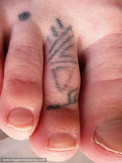 women foot tattoo design In the past, tattoos feet tend to the little things