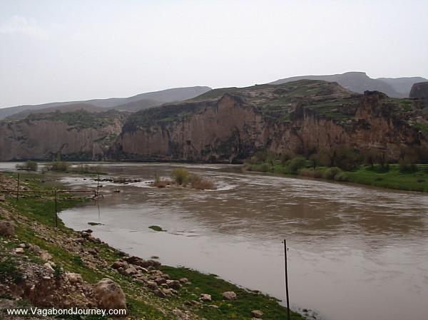 Tigris River, Muslim tomb in Hasankeyf