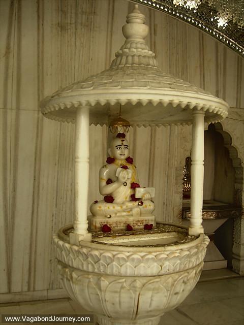 jain temple  children  india