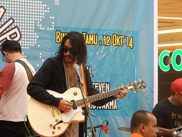 Batam Indonesia Rock Star