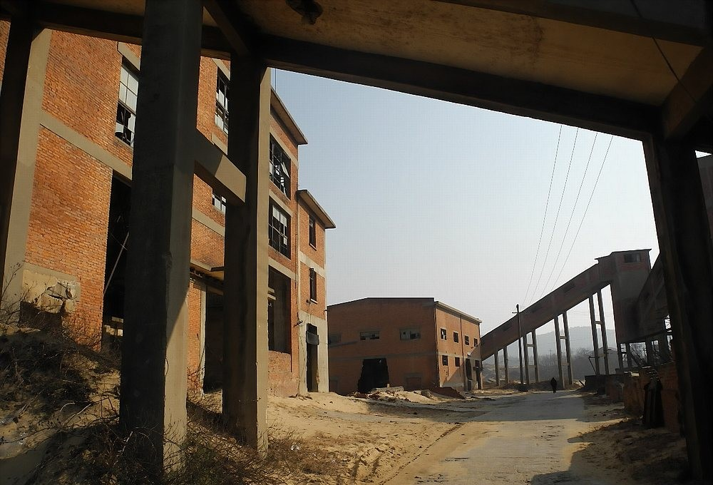 Photos: Abandoned Factory Town on Poyang Lake, a Real Chinese Ghost Town post image