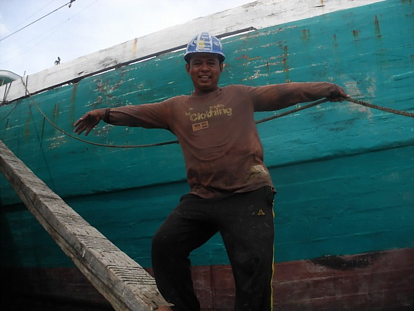 Indonesian dock worker