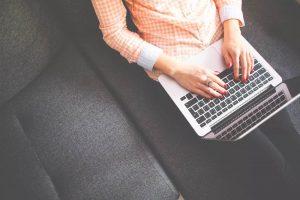 digital_nomad_laptop