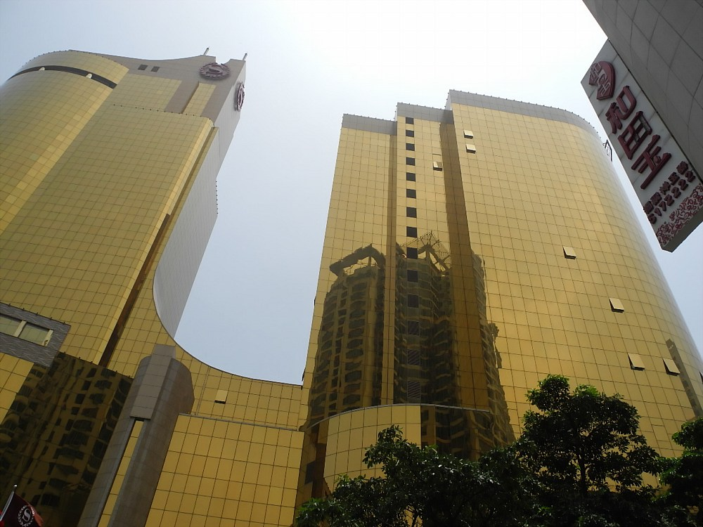China's Gold Plated Sheraton Hotels post image