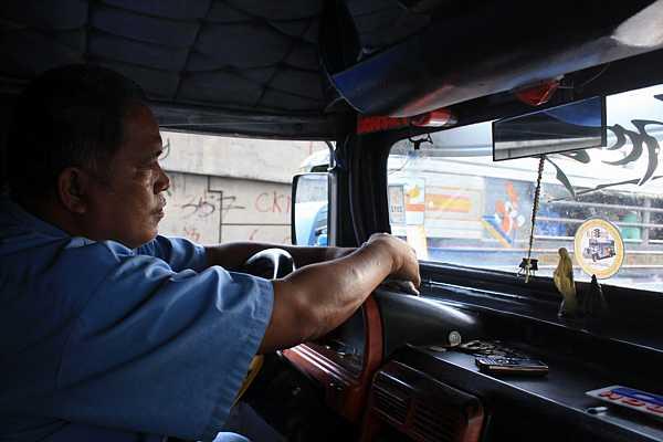 jeepney-philippines-7_DCE