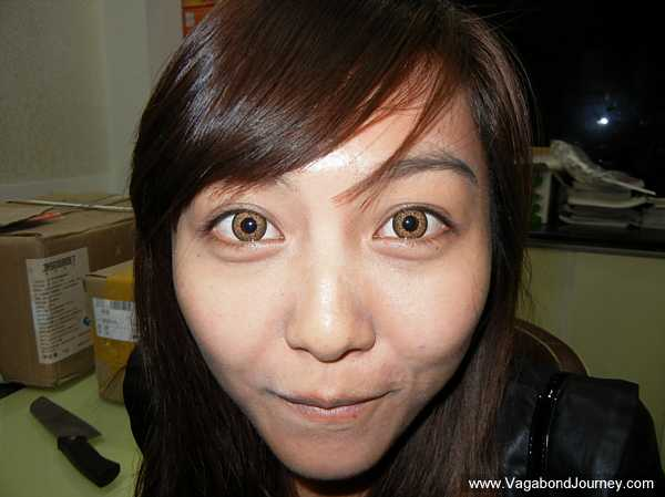 How the Chinese Make Their Eyes Look Bigger with Contact Lenses post image