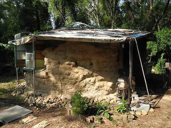 mud home made hous